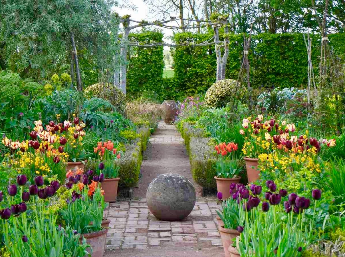 Monty Don Longmeadow Jewel Garden Longmeadow Garden Garden Design Beautiful Flowers Garden