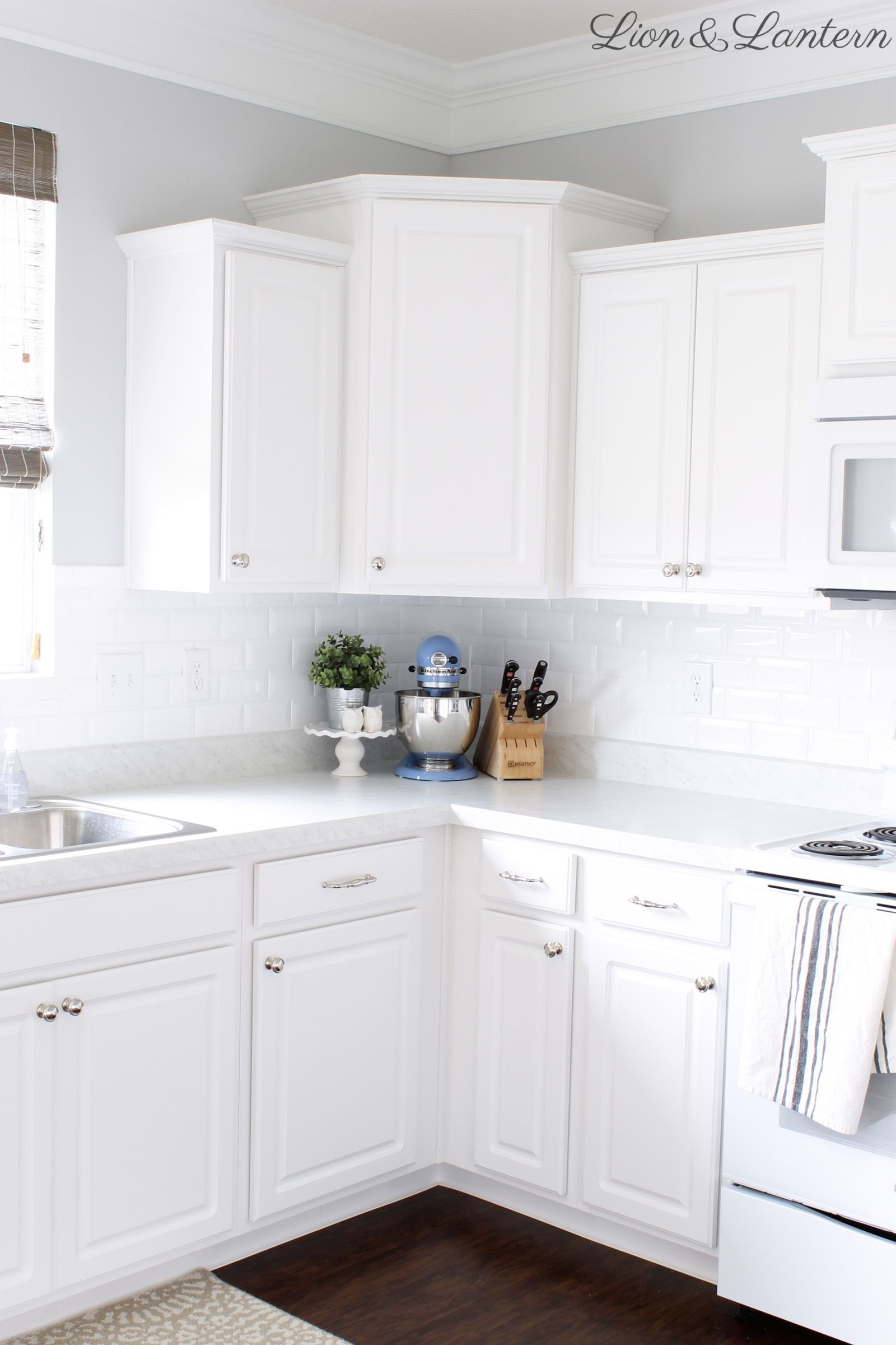 Builder Grade Kitchen Update At Lionandlantern Com White Subway Tile Beveled Subway Builder Grade Kitchen Diy Kitchen Countertops Traditional Kitchen Design