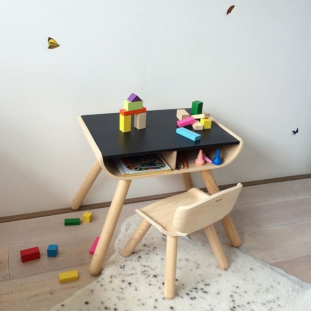 suitable for 1 5 5 years this plantoys desk and chair your rh pinterest com