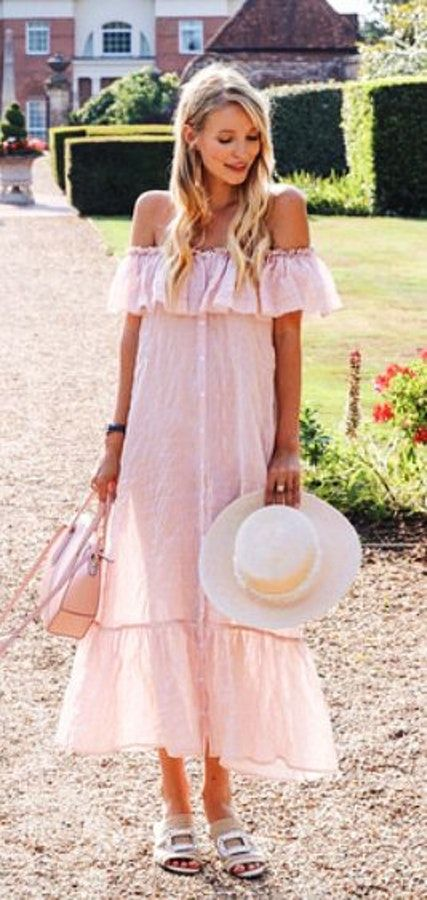 30 Latest Summer Outfits to Try This Year