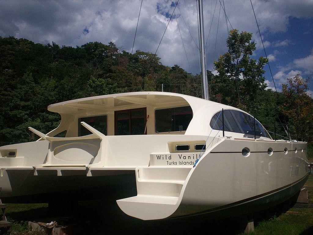 DH550 plywood catamaran   deck in 2019   Catamaran, Wooden ...