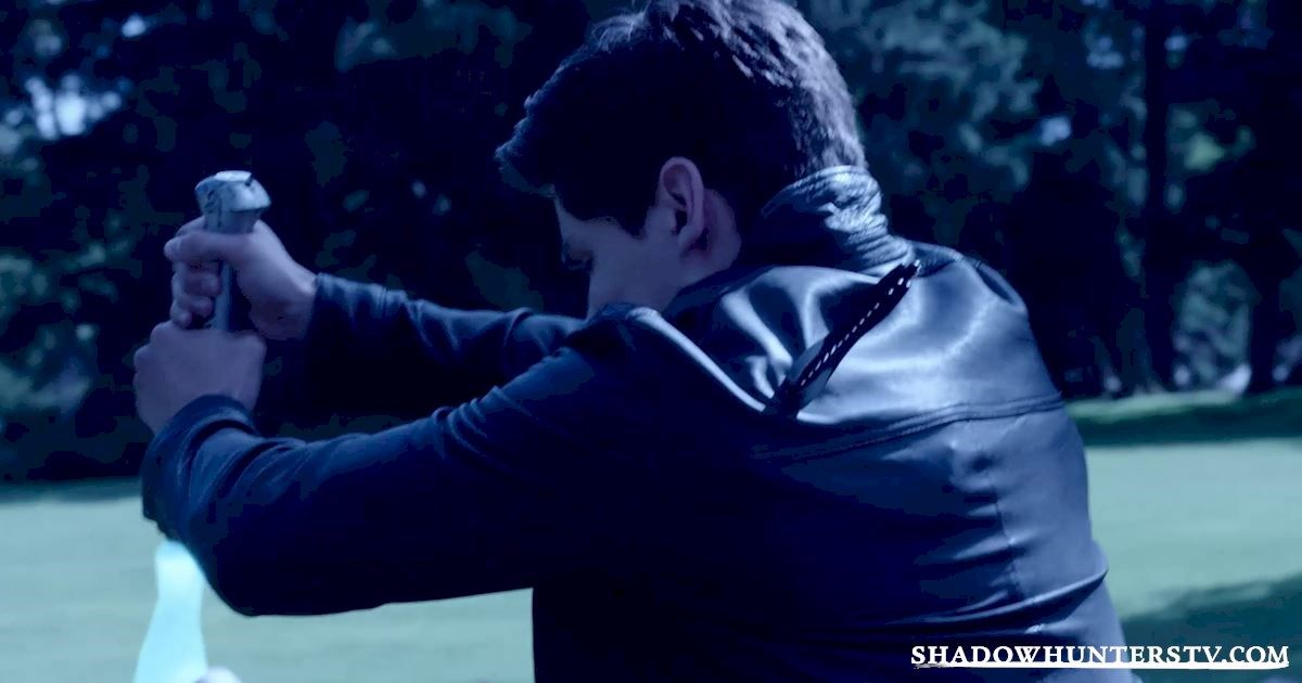 Shadowhunters - 17 Amazing Moments You Might Have Missed From Episode Six! - 1011