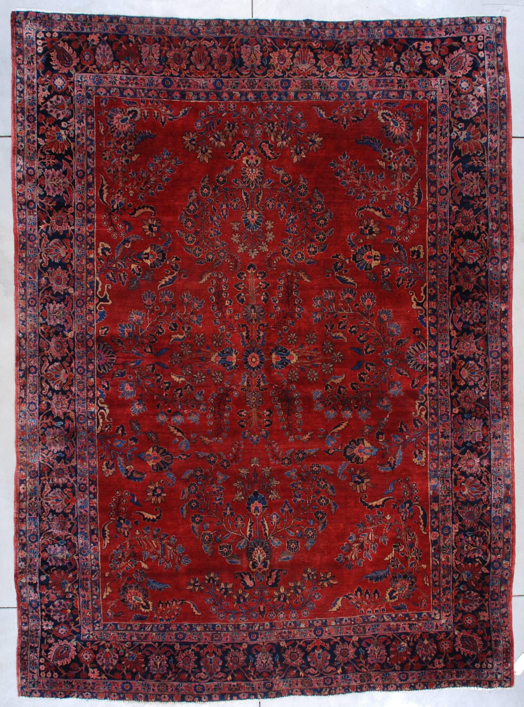 Antique Persian Rug Sarouk Carpet
