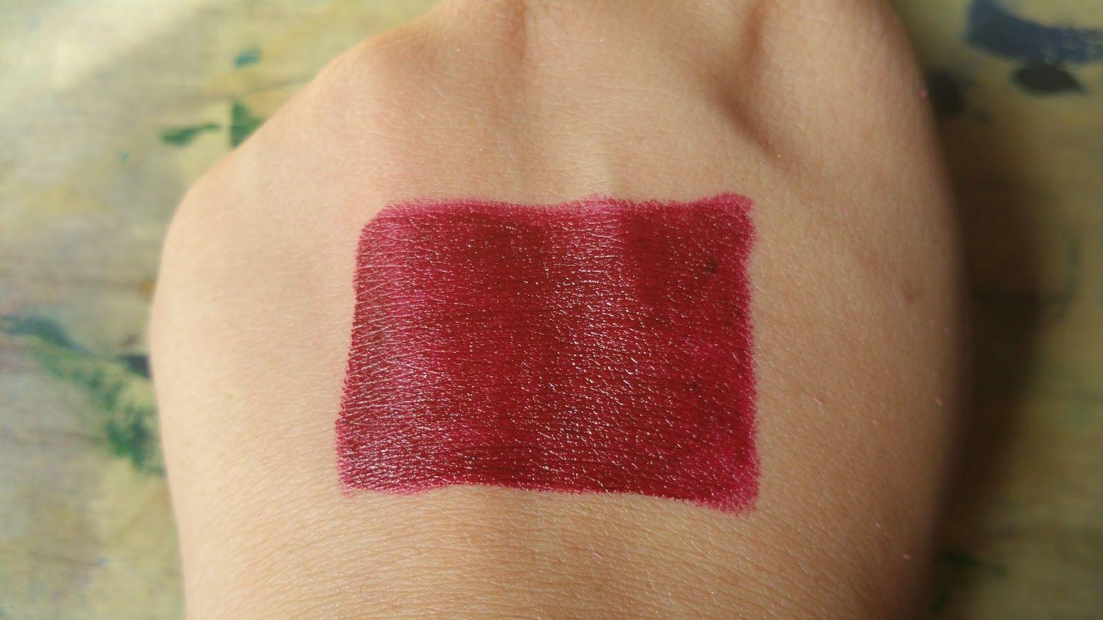 Medora Lipstick Shade In Dark Maroon 226 Medora Lipstick Makeup