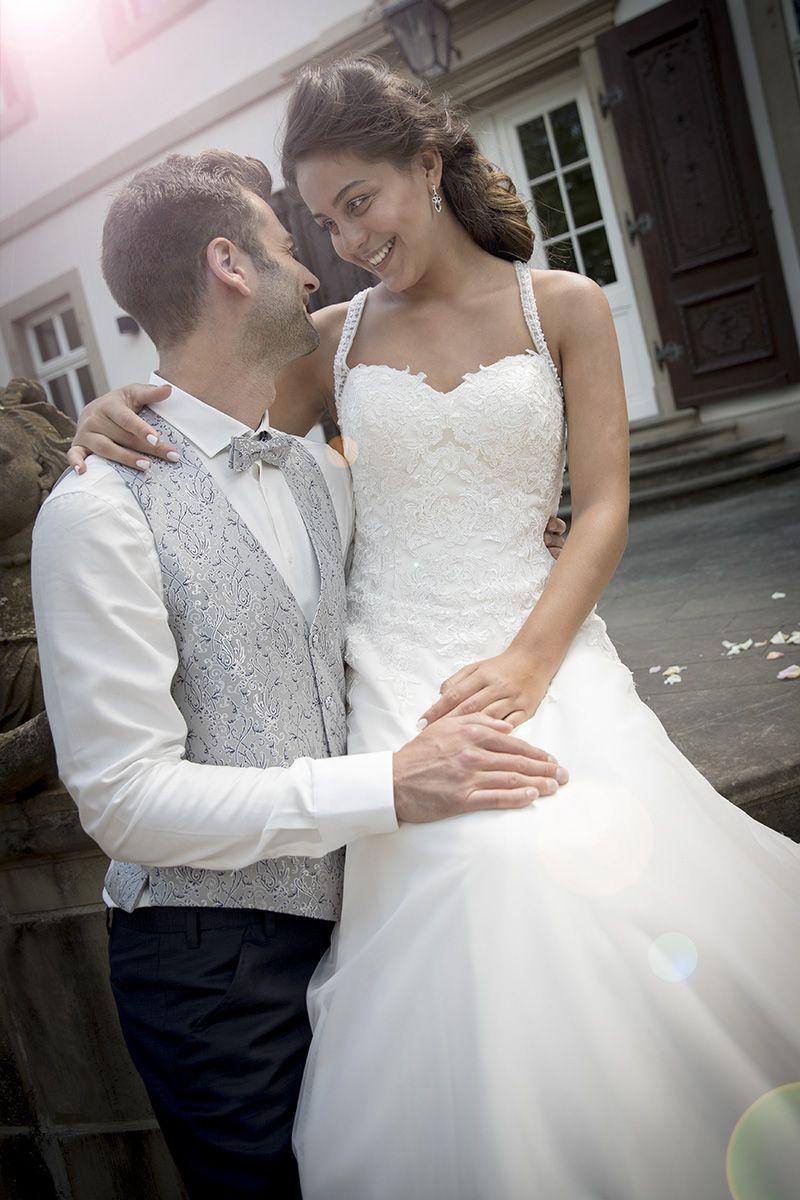 Kleemeier #Brautmode #Brautkleid #Hochzeitskleid #Bridal Es war ...