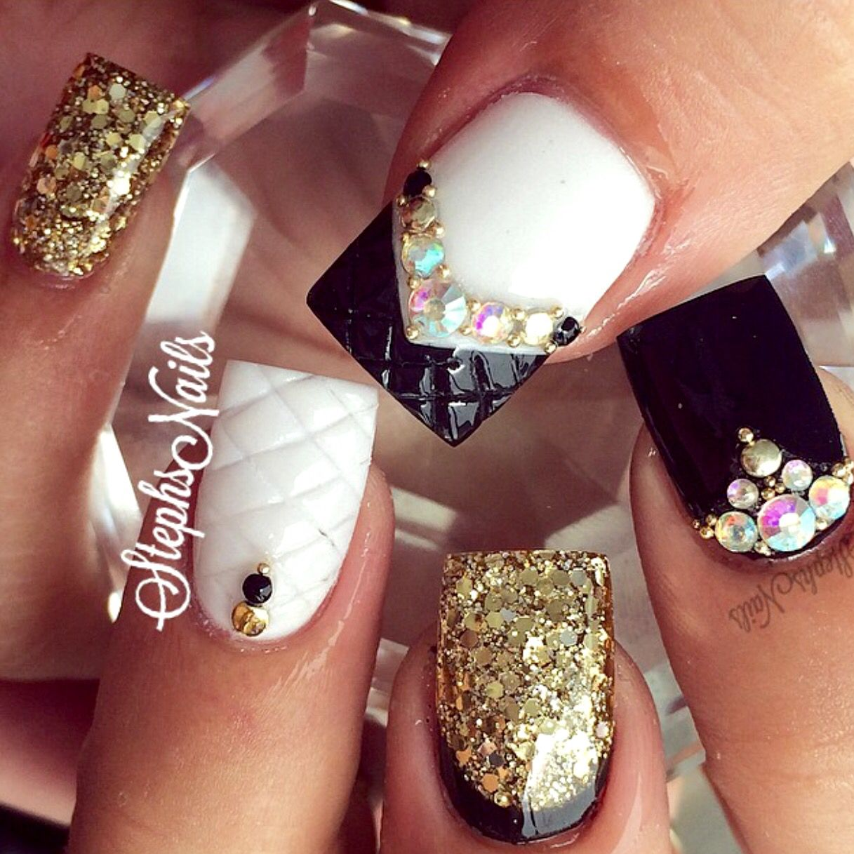 Pin von Ashley Wong auf Nails | Pinterest | Nagelschere, Nageldesign ...