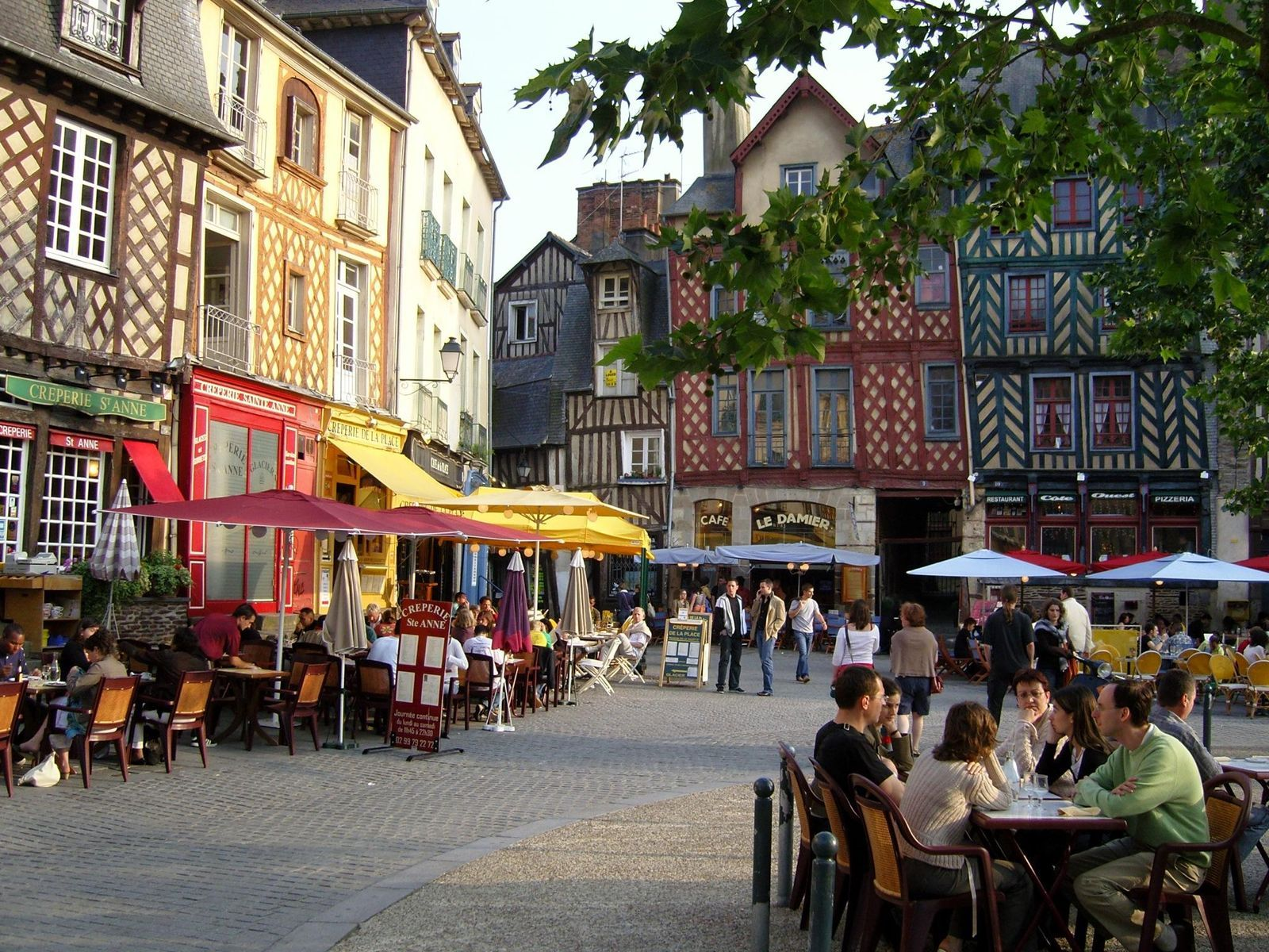Place SainteAnne, Rennes (Brittany). Must go here someday
