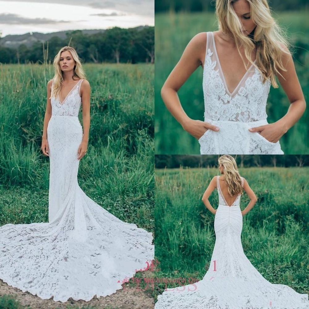 2017 Lace Sheath Beach Wedding Dress V Neck Backless White Ivory