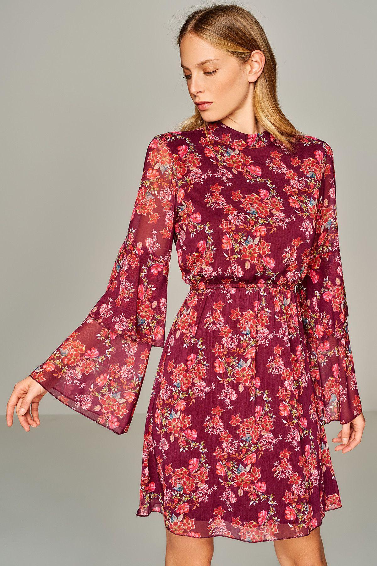 Cok Renkli Volan Detayli Elbise Trendyolmilla Trendyol Mini Elbiseler Moda Stilleri The Dress