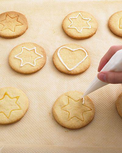 Plätzchen Verzieren Weihnachten.Plätzchen Verzieren Die Tricks Der Backprofis Baking Plätzchen