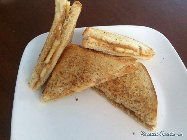 Sándwich De Mantequilla De Maní Y Banana Fácil Receta Recetas De Sandwich Desayuno Con Mantequilla De Maní Mantequilla De Mani