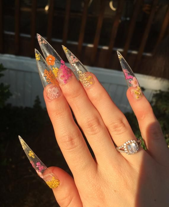 clear - aesthetic af floral nail