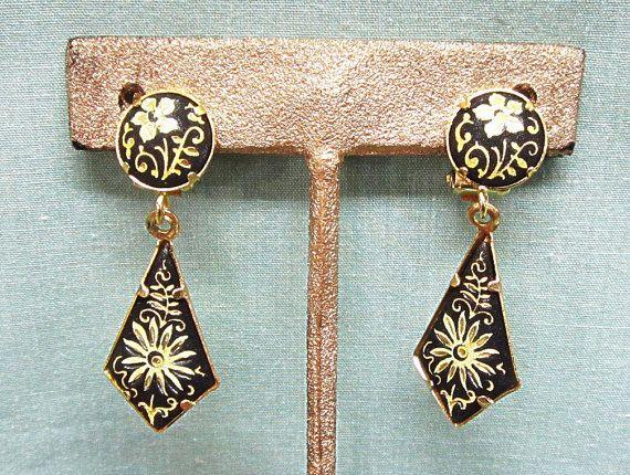 Vintage Toledo Damascene Style Clip Earrings Dangle