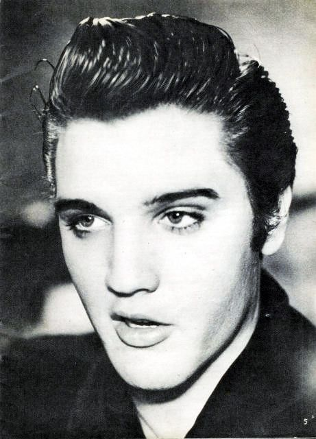 Elvis *---------* Nossa.. <3