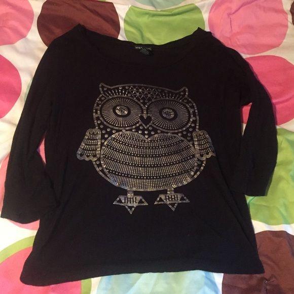 Metallic Owl Top Black half sleeve top with metallic gold owl. Soft material . Wet Seal Tops