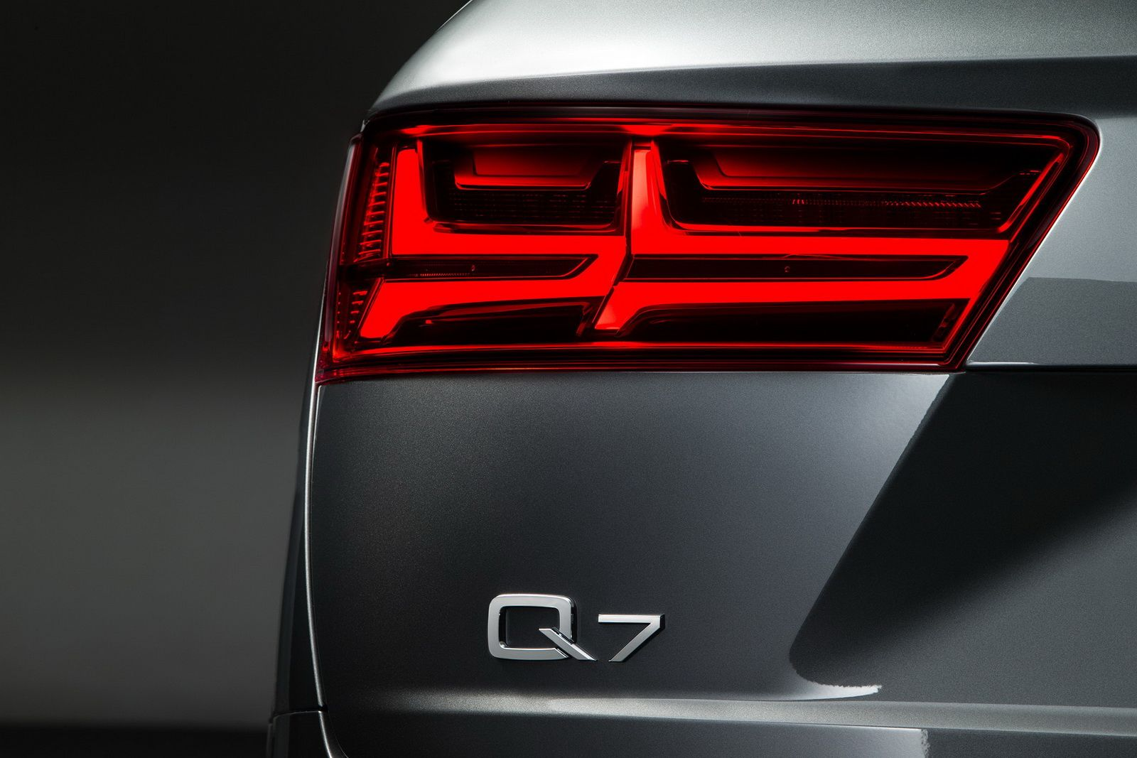2017 Audi Q7 Earns Top Safety Pick Carscoops Vehiculos Autos