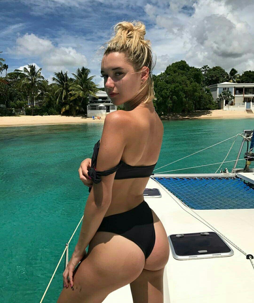 XXX Sarah Snyder nude (33 photo), Ass, Hot, Instagram, butt 2006