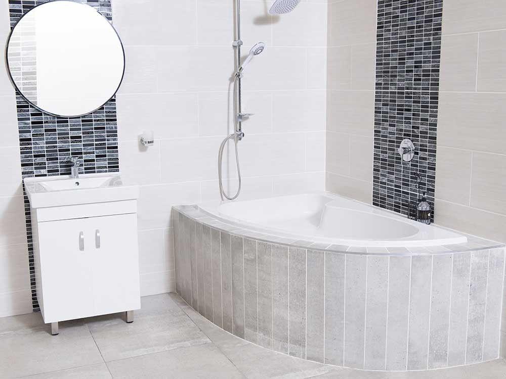 White Salina Left Hand Bath Ctm
