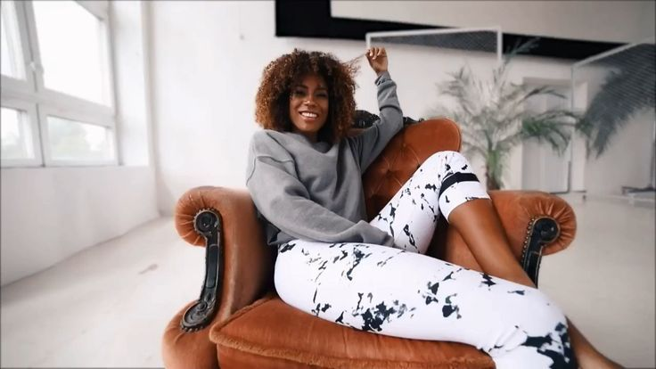 Looking for awesome Leggings? Look no more! We have you covered! By Casemiro Arts at @storenvy Storenvy powered by @printful Stylish