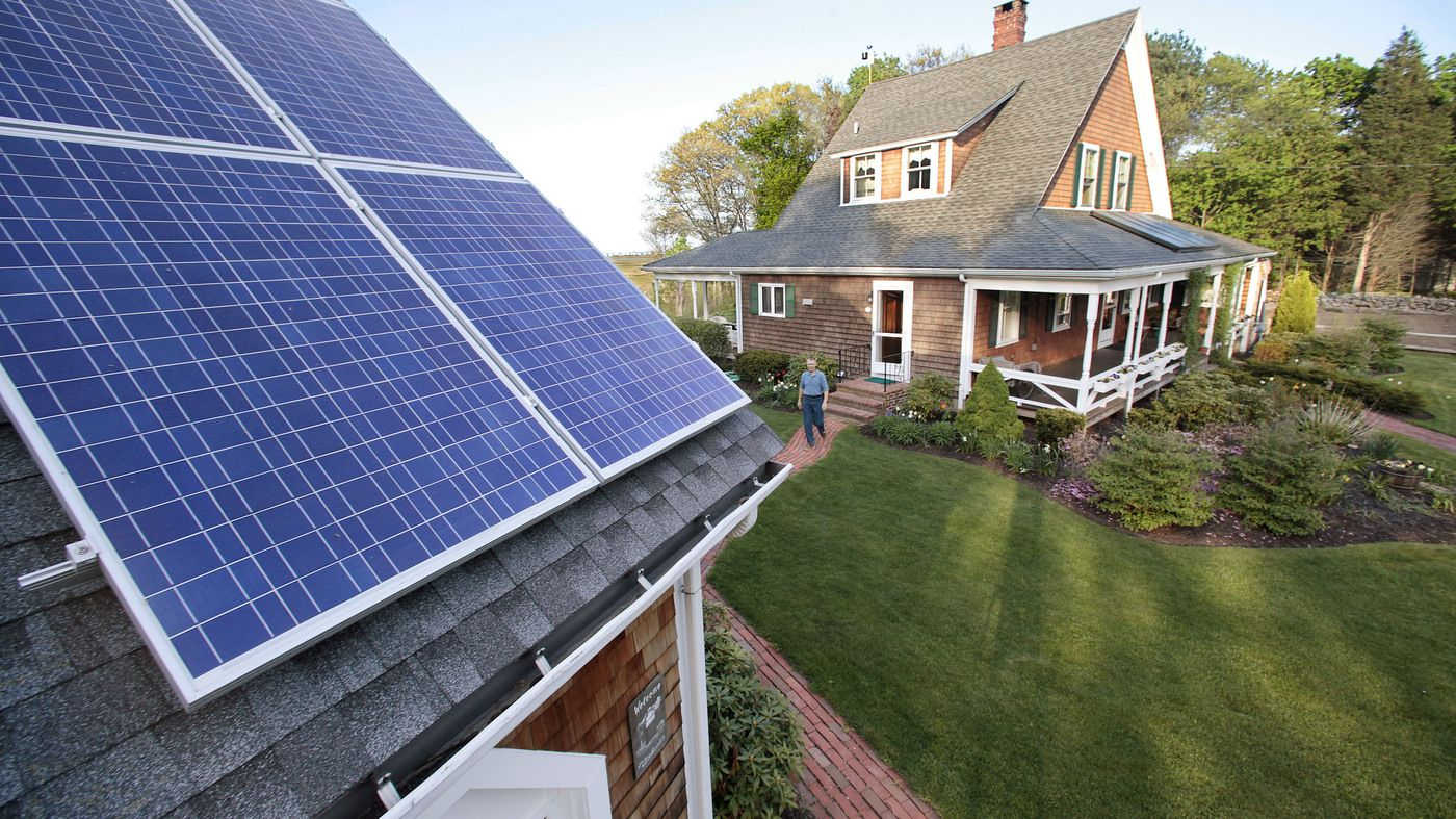 Should Homeowners With Solar Panels Pay To Maintain Electrical Grid Solar Panels Buy Solar Panels Solar Panel Cost