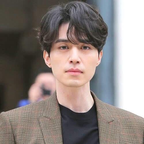 How do I achieve this Korean hairstyle ... | Korean hairstyle, Korean men  hairstyle, Korean haircut men