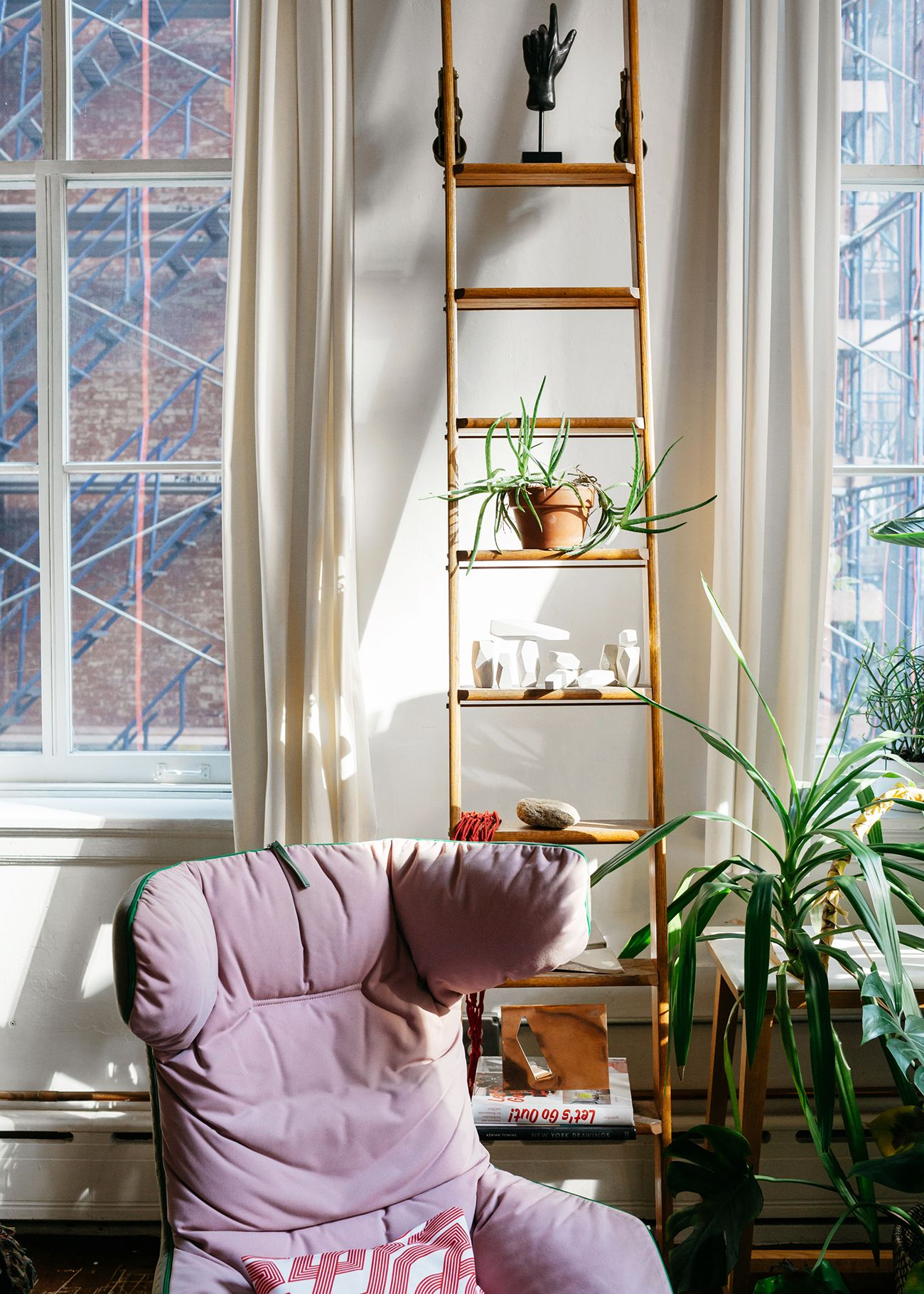 Pieterjan mattan tribeca home tour with hem bohemian interior house tours contemporary colorful