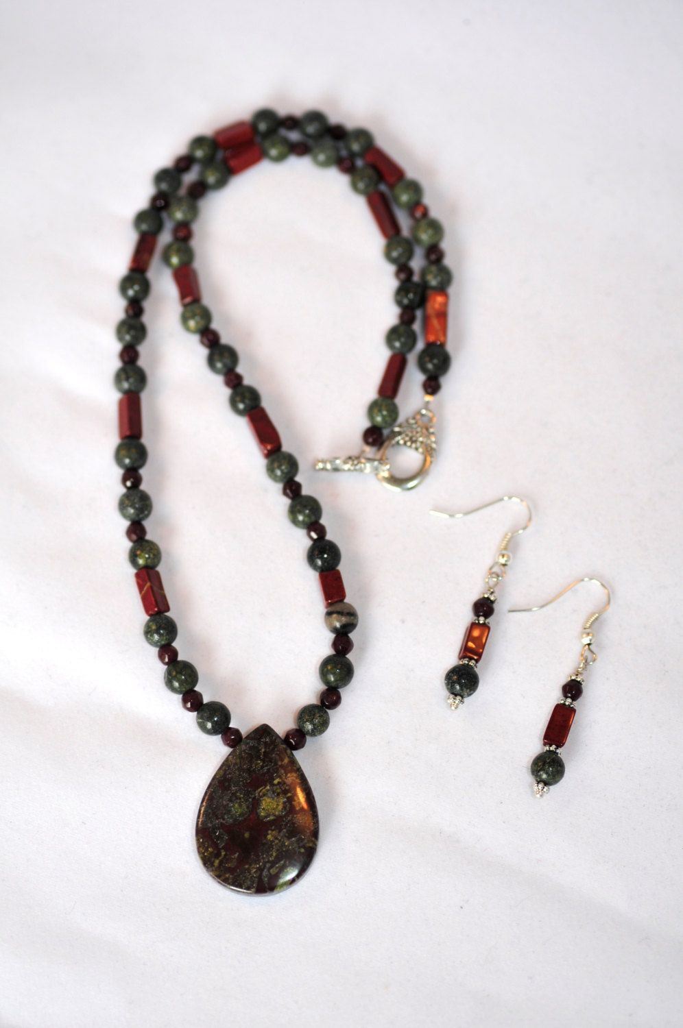 Bloodstone jasper pendant statement necklace with serpentine garnet