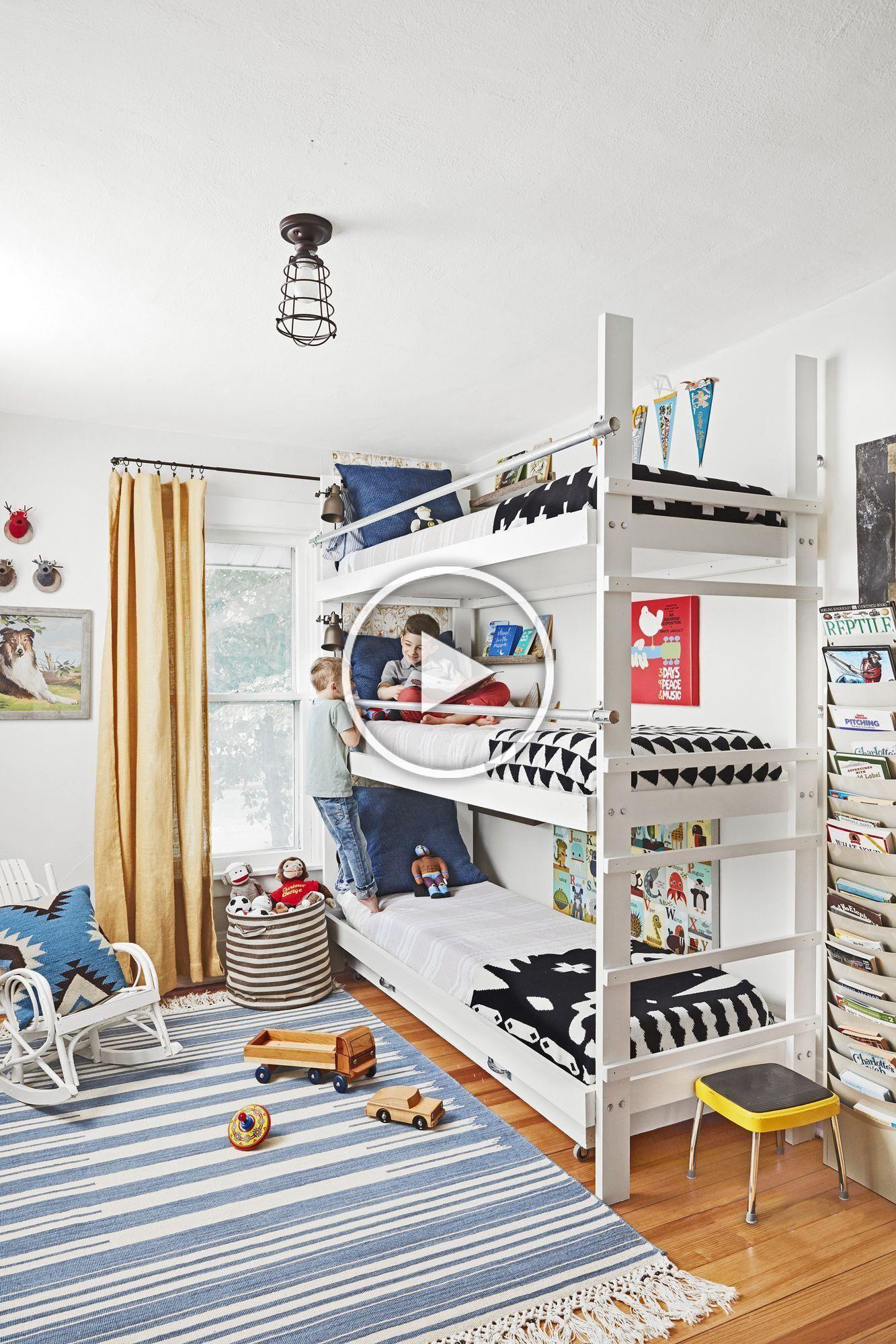 Boys Room I like the DIY triple bunk bed in 2020 Diy