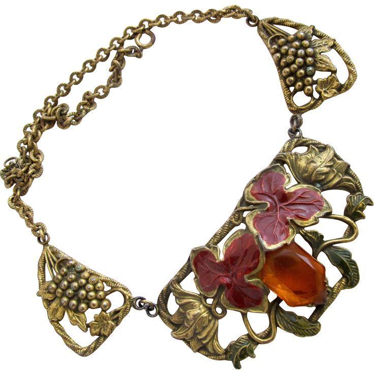 Vintage Rare Coro Gr  Vintage Rare Coro Grape Motif Brassy Tone Choker Necklace