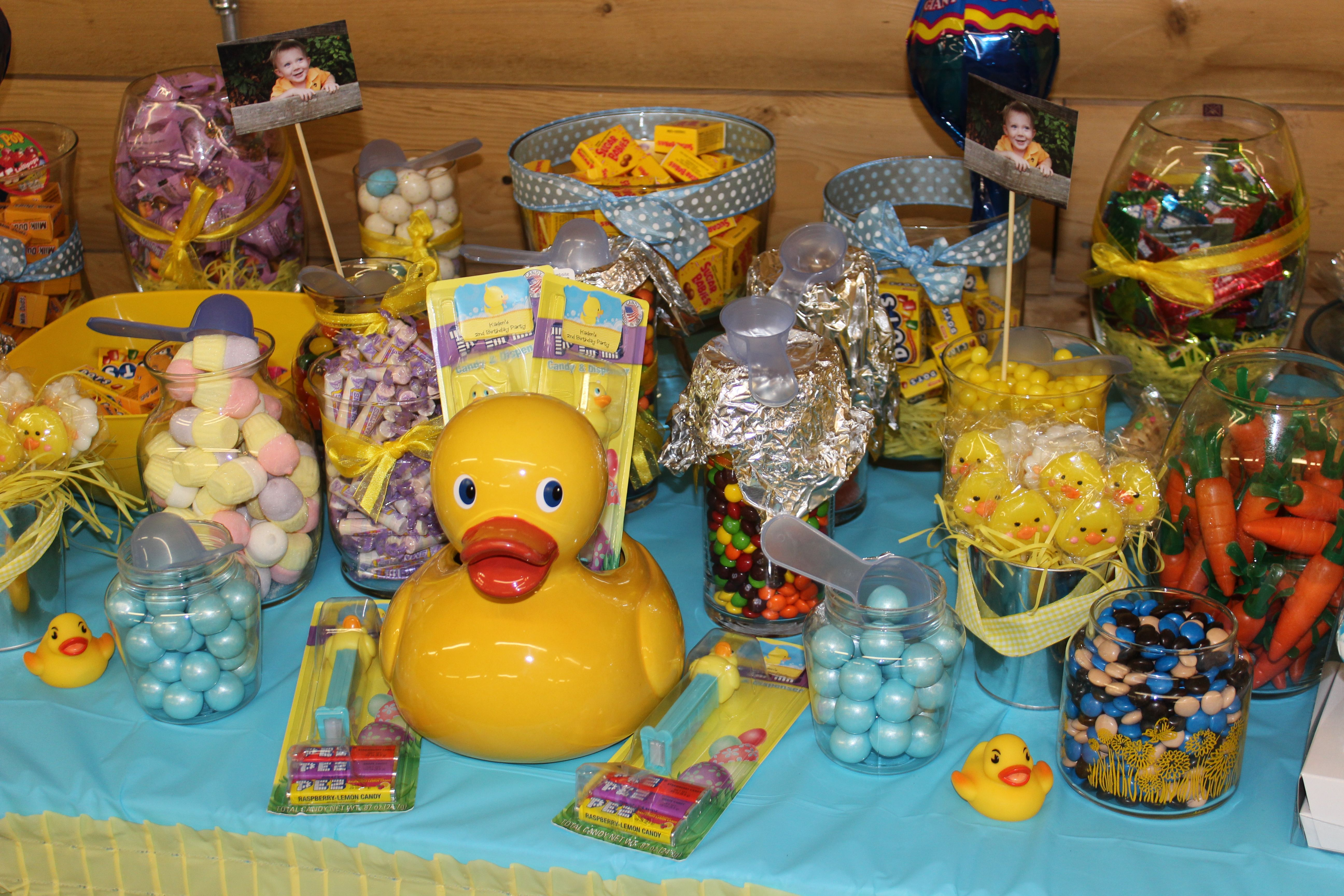 duck candy table rubber ducky birthday party pinterest candy