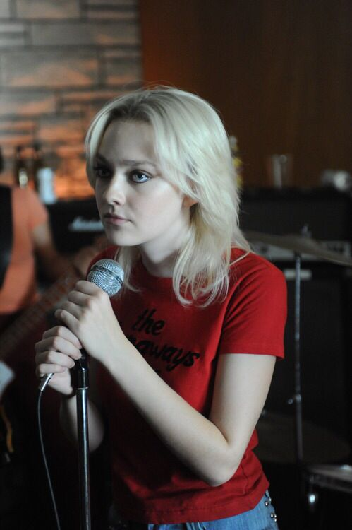 Dakota Fanning, The Runaways (2010)
