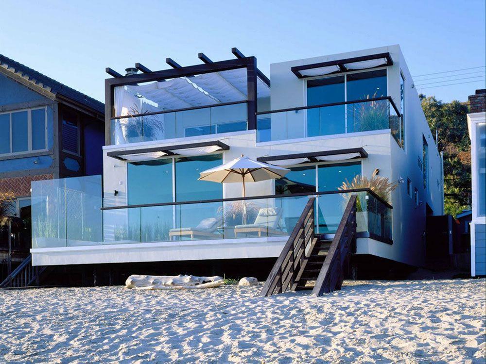 Beach House Interior And Exterior Design Ideas 48 Pictures Malibu Beach House California Beach House Modern Beach House