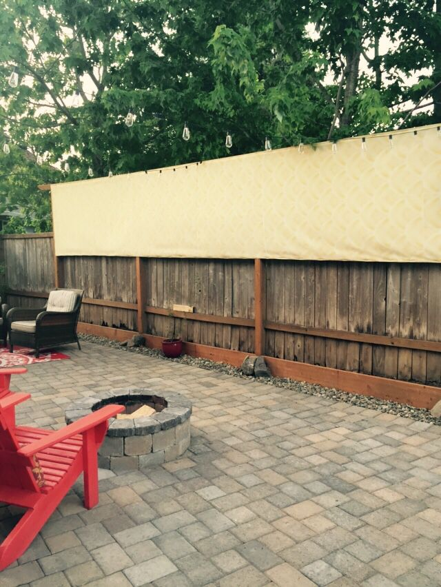 Privacy screen made from outdoor fabric 2x4s and a staple gun home design pinterest - Cecile bois vie privee ...