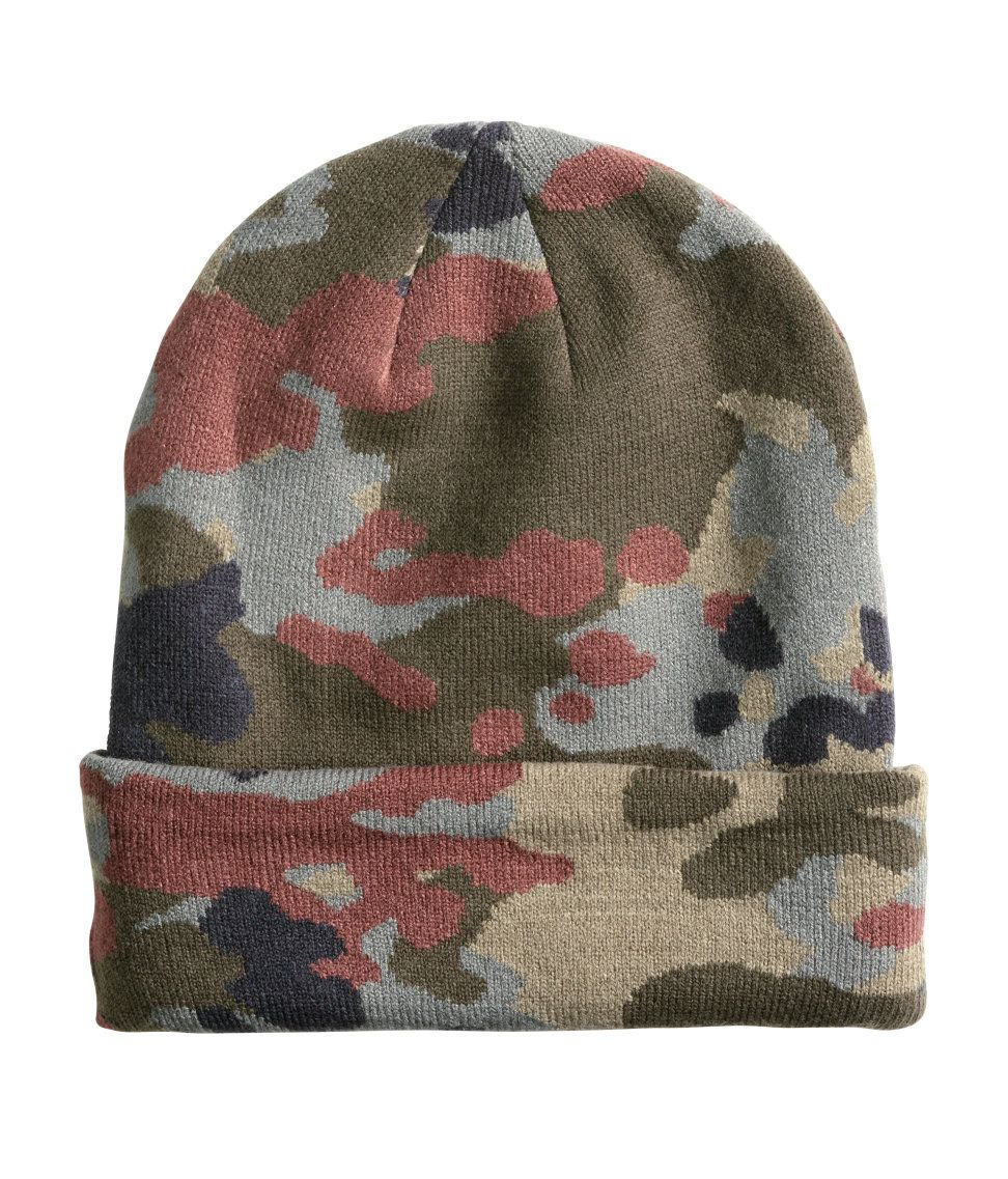 951afa579f7 Khaki double-knit beanie in camo print.│ H M Divided Guys