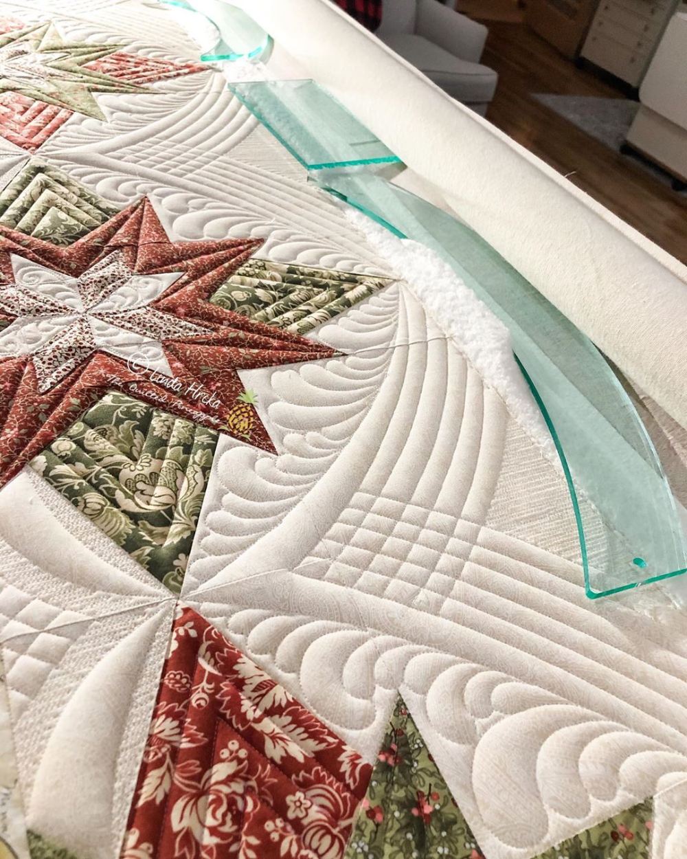 Instagram In 2020 Free Motion Quilt Designs Longarm Quilting Designs Machine Quilting Designs