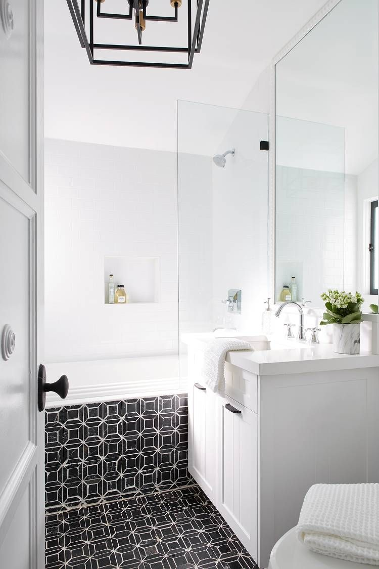 Sorry I Didn T Reply I Was Too Busy Pinning This Striking Spanish Colonial Home With Images Bathroom Design Spanish Colonial Homes Spanish Colonial