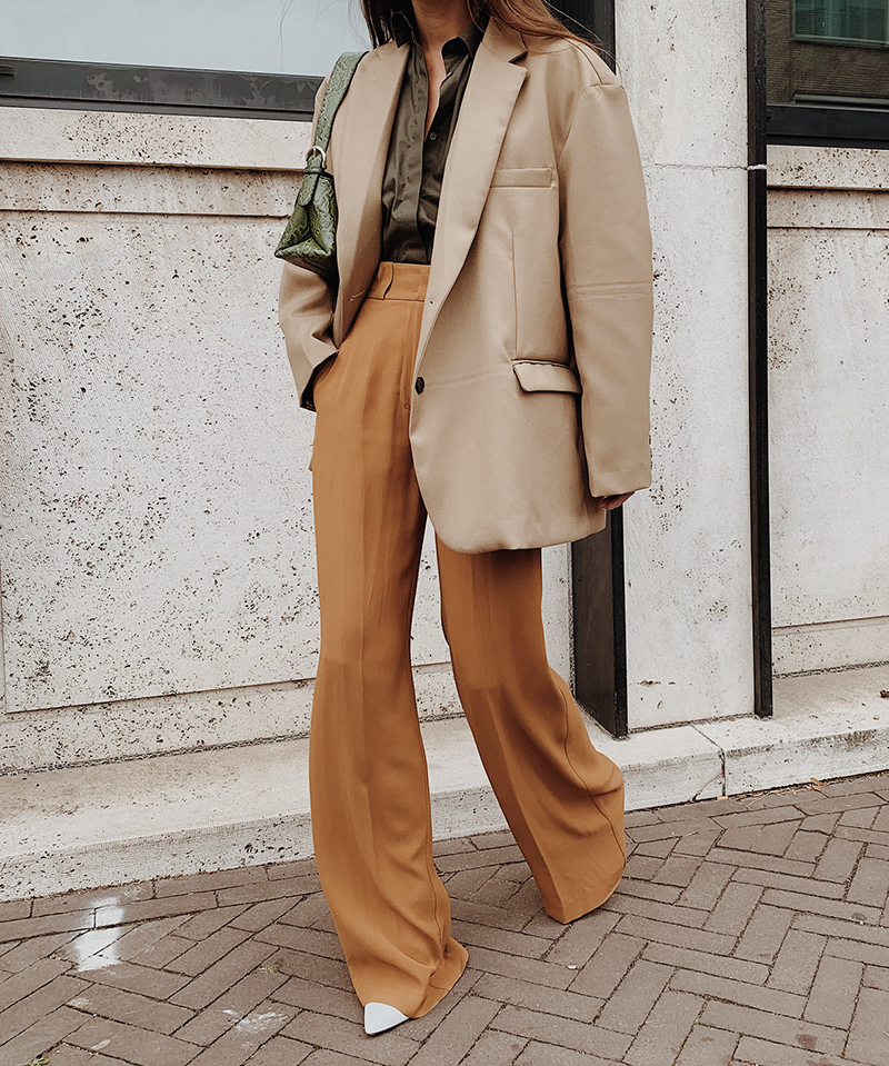 Minimal Fashion Oversized Blazer: Oversized Neutral Tones In 2020 (With Images)