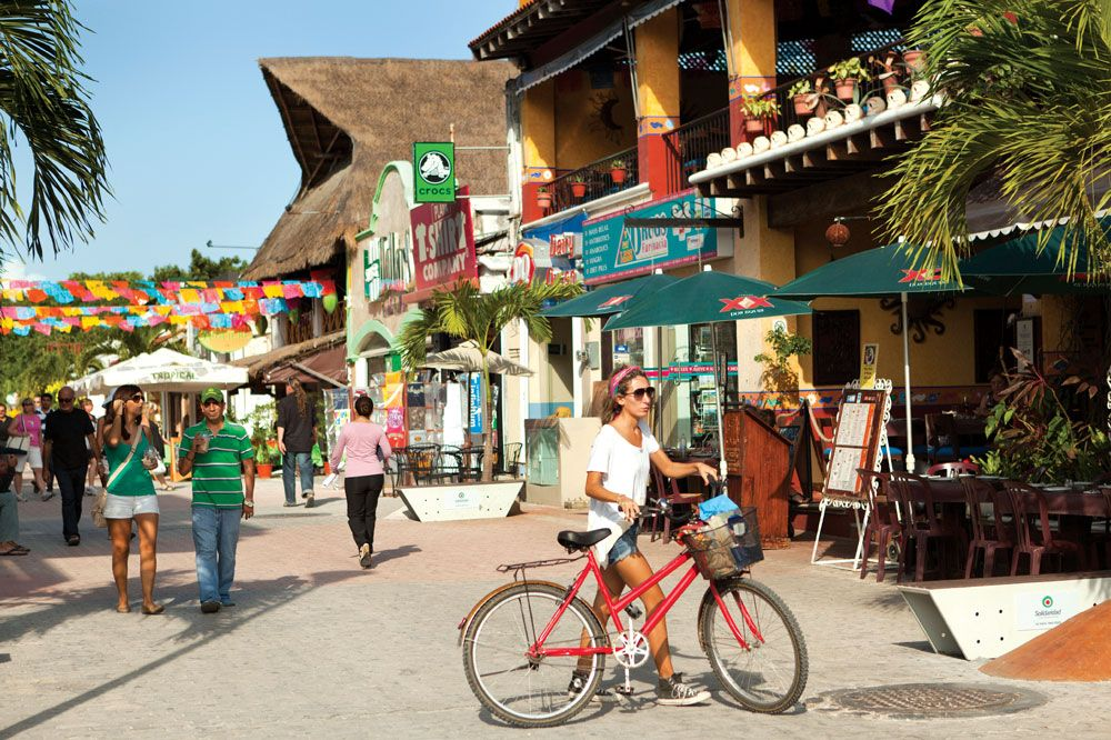 What To Do Along Fifth Avenue In Playa Del Carmen Mexico
