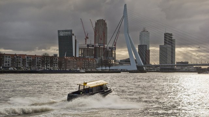 Op de Maas #Rotterdam  |Pinned from PinTo for iPad|