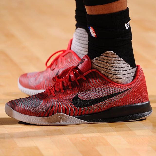 enseñar Consulado jaula  Best Kobe Shoes For Basketball If You Are On A Budget | Fantasy Basketball  101