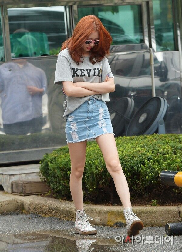 Lovely Sunmi fashion, love the shoes