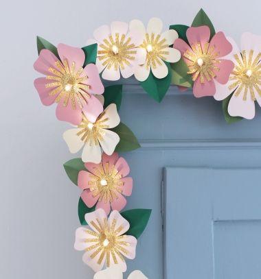 Easy diy paper flower led light garland free printable template easy diy paper flower led light garland free printable template egyszer papr mightylinksfo