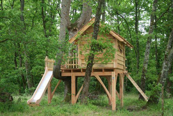 la cabane d 39 enfant du pin cabane dans les arbres cabanes et jeux pinterest les cabanes. Black Bedroom Furniture Sets. Home Design Ideas
