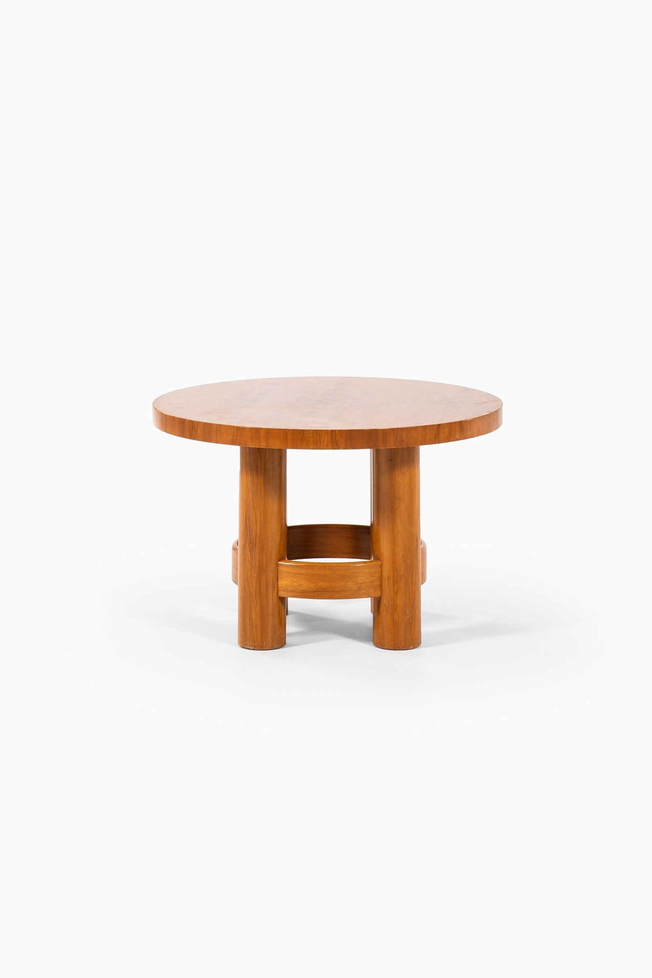 Center Table Studio Schalling Small Round Side Table Side Table Round Side Table [ 2000 x 1335 Pixel ]