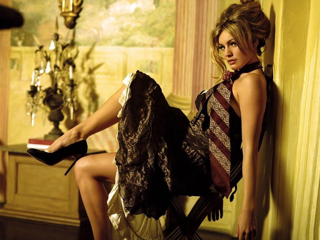 beautiful kelly brook hd wallpaper kelly brook hollywood actress hot