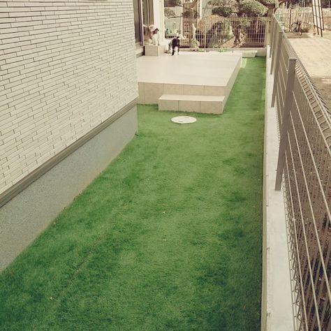 外構工事 人工芝をdiyしたらメンテナンスに優れた素敵な庭ができました 画像あり 庭 Diy 人工芝 エクステリア 庭 デザイン Diy