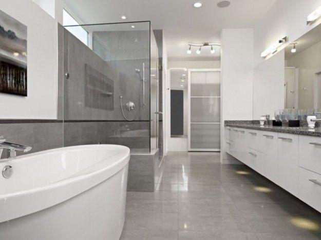 Bagno super moderno. grigio chiaro e scuro. #therapy4home #bagno ...