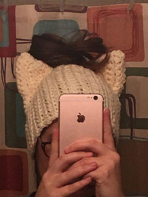 The Best Free Crochet Ponytail Hat Patterns (aka Messy Bun Beanies ...