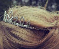 tiaraa..
