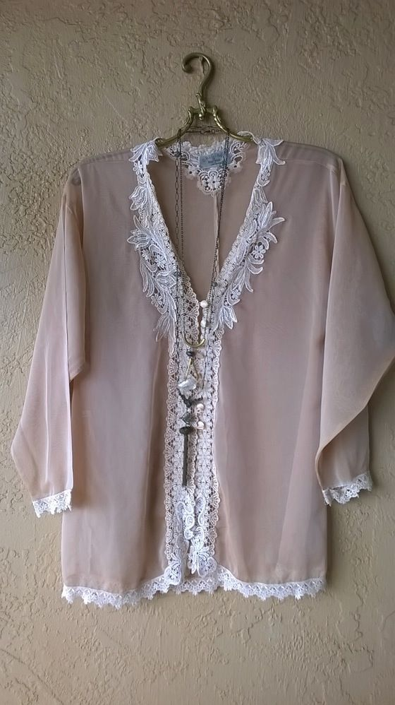 Image of Vintage made in Paris lace applique silk peach kimono with covered buttons